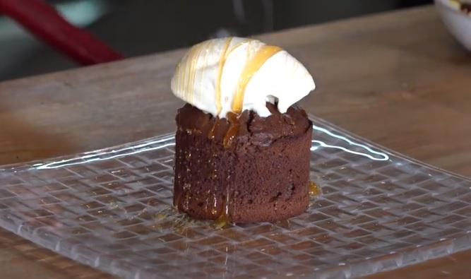 recepta-coulant-xocolata-mel-gelat-vainilla