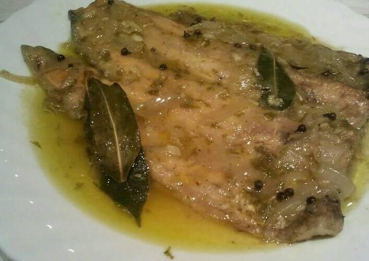 recepta-truita-de-riu-en-escabetx-suau-de-vinagre-destrago