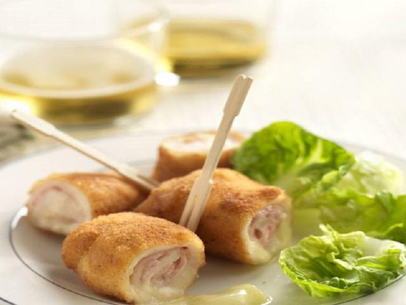 Rotllos de pollastre amb pernil i formatge