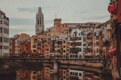 5 llocs on tenir un esmorzar de forquilla a Girona