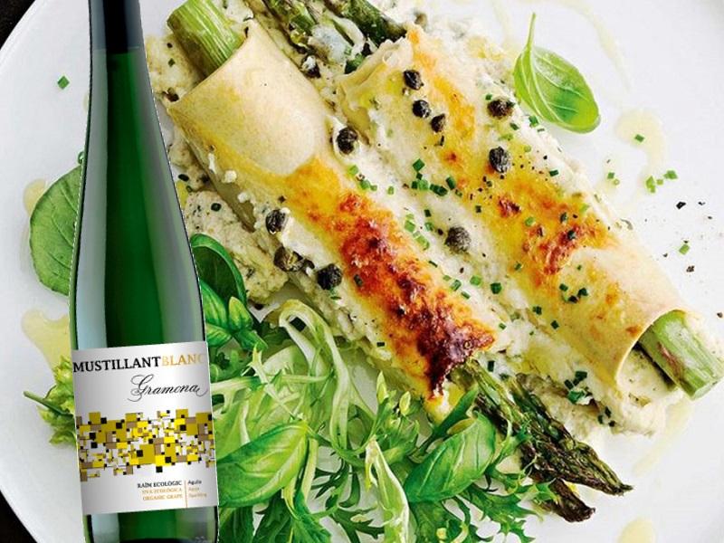 Canelons espàrrecs verds pernil vi