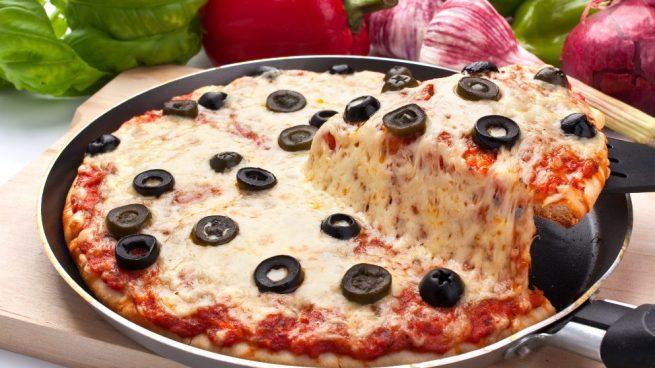 Pizza en paella amb farina de cigró