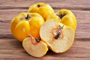 El codony és una fruita amb múltiples beneficis per a la salut